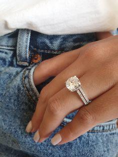 Beautiful Diamond Rings, Diamond Wedding Rings, Round Diamond Engagement Rings, Large Wedding Rings, Wedding Ring With Band, Best Wedding Rings, Square Wedding Rings, Rose Gold Engagement, Brilliant Diamond