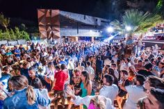 Check out top restaurants and bars on the Brac island. Find the best Brac restaurant and night bar for prefect holiday. Night Bar, Top Restaurants, Croatia Travel, Vip, Dolores Park, Island, Concert, Luxury, Holiday