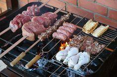 The Brazilian Churrasco's BBQ Secrets Brazilian Churrasco, Brazilian Bbq, Brazilian Dishes, World Recipes, Wine Recipes, Great Recipes, Cooking Recipes, Churrasco Recipe, South American Dishes