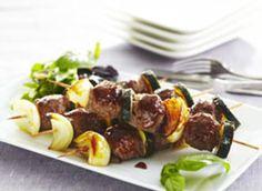 Brochettes de boeuf aux légumes grillés