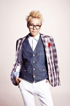 G-Dragon Big Bang glasses retro 지드래곤 빅뱅 뿔테안경 권지용