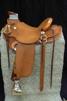 Robert Chavez Wade Saddle for Sale - For more information click on the image or see ad # 39296 on www.RanchWorldAds.com