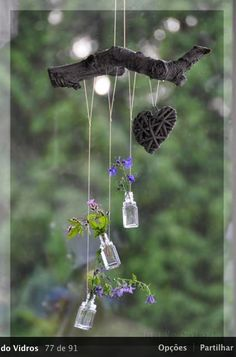 - Wind chimes, dream catchers and pretties - Dekoration Bottle Art, Bottle Crafts, Deco Nature, Decoration Plante, Diy Wind Chimes, House Plants Decor, Deco Floral, Nature Crafts, Garden Projects