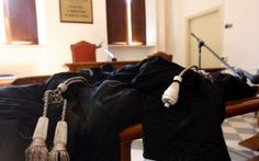 La polizza professionale avvocati coprirà anche l'attività stragiudiziale e la negoziazione In via pattizia, l' Avvocato potrà estendere la copertura ad altre attività alle quali è abilitato (per esempio per incarichi di curatore fallimentare o curatore nelle procedure esecutive).  Lo pre #avvocati #polizza #stragiudiziale