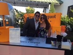 Can we help you with some Veuve?