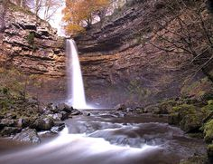 IAT-SIA - IAT NewsHardrow Force border of Yorkshire and Teesdale, Spectacular walking country......