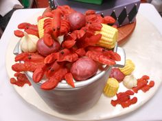 New Orleans Crawfish Boil Grooms Cake