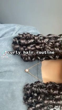Curly Hair Routine, Curly Hair Tips, Curly Hair Care, Curly Hair Styles, 3a Hair Tips, Hair Tips Video, Hair Videos, Highlights Curly Hair, Curly Hair Tutorial