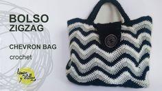 Basket or bag to step Crochet fettuccia Bag Crochet, Crochet Handbags, Crochet Purses, Knitting Videos, Crochet Videos, Chevron Bags, Pinterest Crochet, Crochet Bag Tutorials, Tapestry Bag