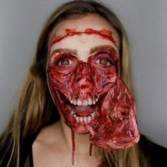 40 More Times Things Got Crazy at the Shopping Mall - Joyenergizer Halloween Looks, Creepy Halloween, Halloween Cakes, Halloween Horror, Halloween Face Makeup, Halloween Party, Halloween Costumes, Horror Makeup, Scary Makeup