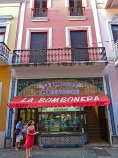 La Bombonera, Old San Juan, Puerto Rico. Mi parada obligatoria todos los domingos en la tarde cuando era soltera <3