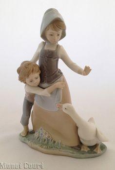 Lladro 5033 Avoiding the Goose Porcelain Figurine - Other