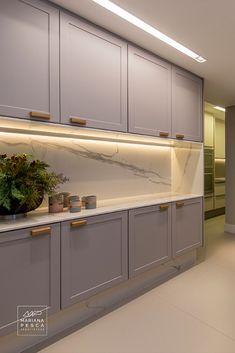 Home Decor Kitchen, Kitchen Interior, Home Interior Design, Grey Kitchens, Home Kitchens, Kitchen Cabinet Design, Kitchen Cabinets, Scandinavian Kitchen, Chinese Architecture