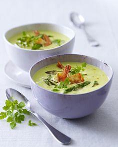 Unser beliebtes Rezept für Grüner-Spargel-Cremesuppe mit Garnelen und mehr als 55.000 weitere kostenlose Rezepte auf LECKER.de.