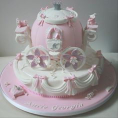 Cinderella Carriage Cake! girl cake party birthday pink