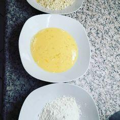Mozzarellasticks | Mozzarellasticks | Kochleben Eggs, Breakfast, Recipes, Italian Dressing, Oysters, Finger Foods, Chef Recipes, Morning Coffee, Egg