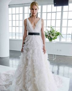 Grande, Future, Wedding Dresses, Fashion, Lace Wedding Dresses, Dress Designs, Casual Bride, Feather Skirt, Black Belt