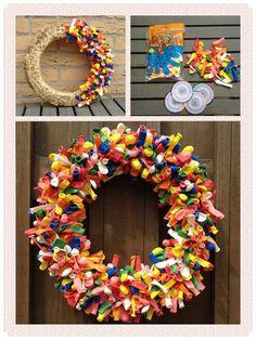 Strokrans van de action en 400 ballonnen! Summer Crafts, Diy And Crafts, Diy For Kids, Crafts For Kids, Diy Wreath, Wreaths, Diy Weihnachten, Birthday Balloons, Diy On A Budget