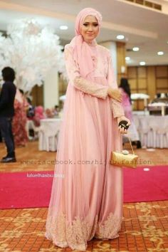 Moslem gold party dress