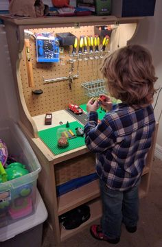 Children's workbench, building block table for children, birthday present for him, her, ju … - Birthday Presents Teenage Bedroom Ideas Ikea, Ikea Girls Room, Boy Room, Kids Room, Birthday Presents For Him, Presents For Girls, Diy Gifts For 3 Year Old Boy, 6 Year Old Boy Bedroom, Kids Tool Bench