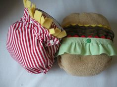 If only I still had a baby in diapers, I would buy this Hamburger and French Fry cloth diaper set.
