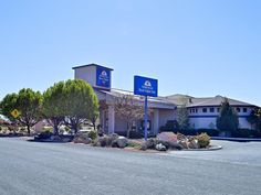 Prescott Valley (AZ) Americas Best Value Inn United States, North America Located in Prescott Valley, Americas Best Value Inn is a perfect starting point from which to explore Prescott Valley (AZ). Both business travelers and tourists can enjoy the hotel's facilities and services. Take advantage of the hotel's free Wi-Fi in all rooms, facilities for disabled guests, Wi-Fi in public areas, car park, room service. Some of the well-appointed guestrooms feature internet access – w...