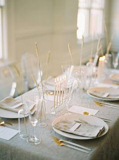 Elegant and minimalist wedding style | Toronto Wedding Inspiration