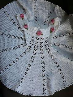 Ооак наряд для куклы Дианна Effner Little Darling. Crochet Baby Blanket Beginner, Baby Girl Crochet, Crochet Baby Clothes, Crochet Baby Hats, Crochet For Kids, Diy Crochet, Lace Christening Gowns, Knitting Patterns, Crochet Patterns