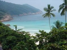 Malaysia Best Beaches. Some places you can catch that bus to!