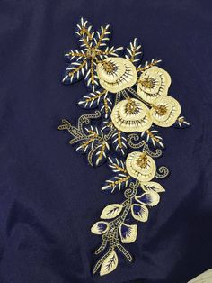 Embroider Patches Embroidery On Kurtis, Kurti Embroidery Design, Embroidery Works, Embroidery Motifs, Creative Embroidery, Diy Embroidery, Hand Work Design, Tambour Beading, Brazilian Embroidery