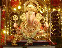 Pune... Dagdu sheth ganesh mandir