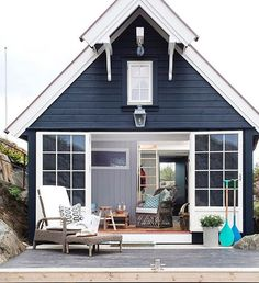 Love this tiny house! Perfect for guests or as a mother in law house. Love this tiny house! Perfect for guests or as a mother in law house. Beach Cottage Style, Coastal Cottage, Beach House Decor, Coastal Style, Coastal Living, Beach House Colors, Lake Cottage, Cottage Living, Living Room
