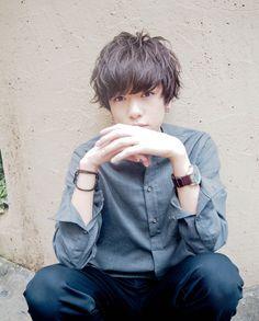 スタイリスト:高橋 彩美のヘアスタイル「STYLE No.21087」。スタイリスト:高橋 彩美が手がけたヘアスタイル・髪型を掲載しています。