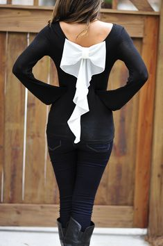 Something Wicked Bow Top: Black.
