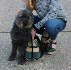 High wood and T-bar clogs in forest green Lotta From Stockholm
