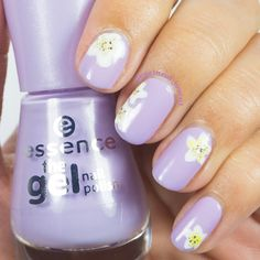 Missing the beautiful frangipanis from Fiji❤️ #notd #nailart #naillove #naildesign #longlastinglove #essence #instanails #islandgirl