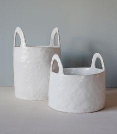 Wax Paper Backdrop – with relish – Tableware Design 2020 Ceramic Clay, Ceramic Vase, Ceramic Pottery, Ceramic Fruit Bowl, Pottery Vase, Modern Ceramics, White Ceramics, Keramik Design, Paper Backdrop