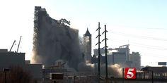Απίστευτο βίντεο: Κτίριο 12 ορόφων γίνεται… σκόνη