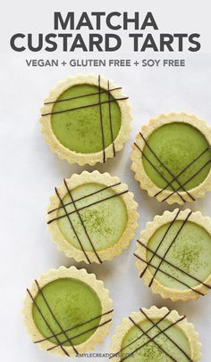 Matcha Custard Tarts - Amy Le Creations : Creamy smooth matcha custard in an almond shell with a drizzle of chocolate! Vegan, gluten free, soy free and made without cashews. Healthy Vegan Dessert, Coconut Dessert, Matcha Dessert, Oreo Dessert, Vegan Dessert Recipes, Tart Recipes, Vegan Sweets, Sweet Recipes, Delicious Desserts