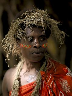 Woman from Espiritu Santo island, Vanuatu | Flickr - Photo Sharing!  © Eric Lafforgue