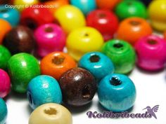 100x Round Wooden Beads 10 mm  Mixed by KolibriBeadSupplies