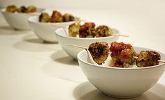 Saftige kyllingefrikadeller - fyldt med sunde lækkerier - opskrift på kyllingefrikadeller