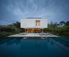 "White House by Studio MK27, Marcio Kogan + Eduardo ""Location: São Sebastião, Brazil"" 2014"