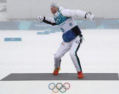 Tasavallan presidentti Sauli Niinistö on onnitellut sosiaalisessa mediassa olympiakultaa hiihtänyttä Iivo Niskasta.– Iivo rakenteli uskomattoman hienon kisan ja loistavan voiton. Kun pää ja kroppa pelasivat, meni muilta sukset alta. Kiitos, Iivo, Niinistö kirjoittaa Facebookissa.