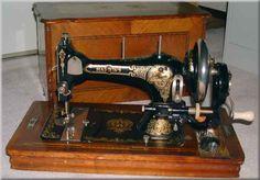 Harris's, Maker: Bernardt Stoewer, Stettin, Grünhof,  Serial #: 1116881, Date: c.1910