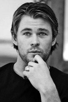 Chris Hemsworth-Thor