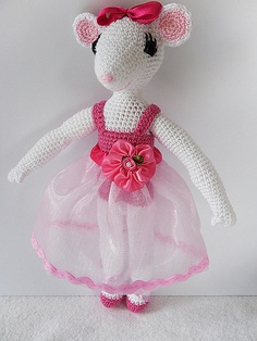 Angellina Ballerina crochet by kawaiimonsters, via Flickr