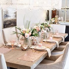 Blush Pink and Gold Table Setting – Home with Holliday – neon nail art Pink Table Settings, Brunch Table Setting, Easter Table Settings, Beautiful Table Settings, Pink Und Gold, Blush Pink, Rose Gold, Table Rose, Pink Dinner Plates