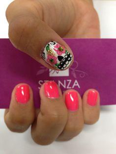 StanzaSalon gelish nail design