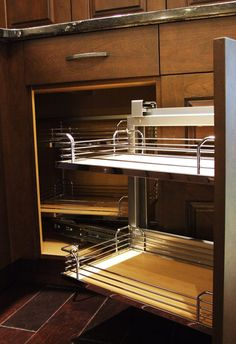 maple wood :: corner pull out #kitchen #cabinets #storage